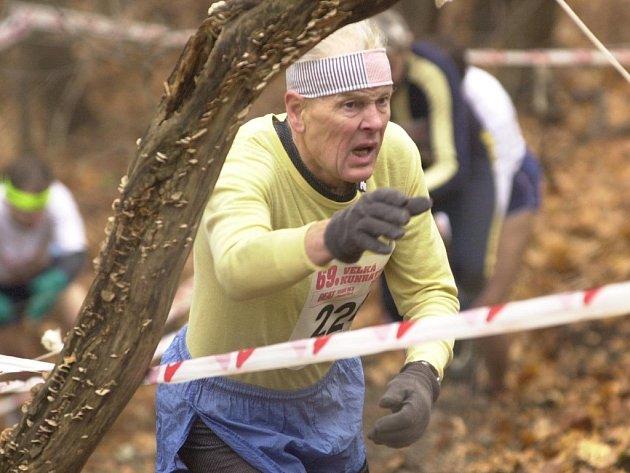 Vytrvalci i amatérští běžci vyběhli do konopišťského parku už pošestnácté.