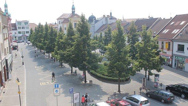 Masarykovo náměstí z okna radnice.