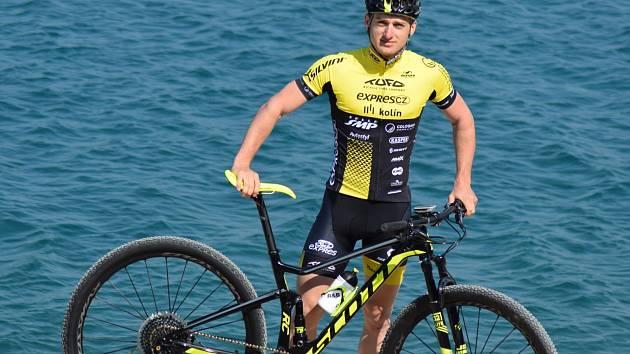 Biker Tomáš Paprstka na jarním soustředění v Chorvatsku.