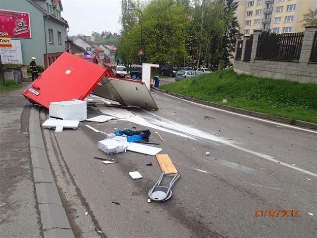 Nehoda v Nové Pražské ulici.