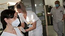Očkování vakcínou proti covidu-19 v Nemocnici Rudolfa a Stefanie v Benešově.