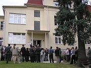 Bývalá léčebna v Choceradech bude zanedlouho sloužit dětem z Dětského centra Strančice.