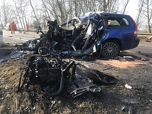 Tragická nehoda u Bystřice si vyžádala jeden lidský život