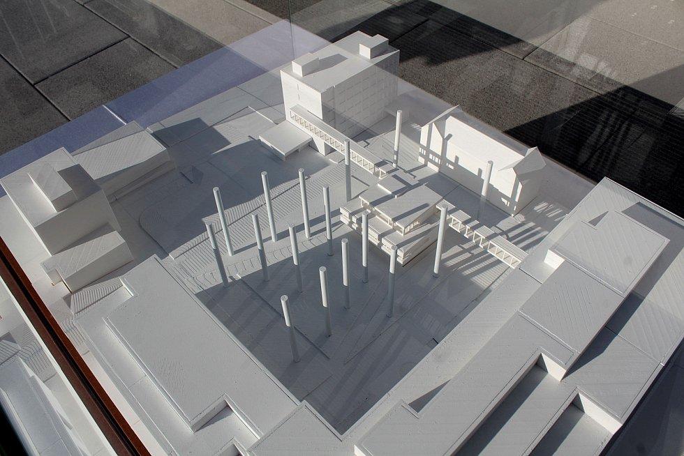 Model pavilonu Centrálního příjmu v areálu Nemocnice Rudolfa a Stefanie v Benešově.