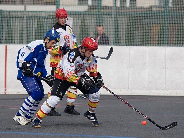 Vlašimští hokejbalisté se do finále poháru nedostali, stop  jim v prodloužení vystavila Opava.