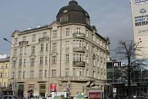Dům s pasáží na rohu Švédské ulice a třídy Svobody