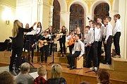 Vánoční koncert v aule benešovského gymnázia.
