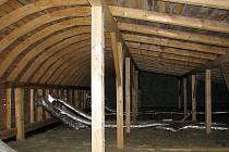 Konstrukce oblouková střechy.