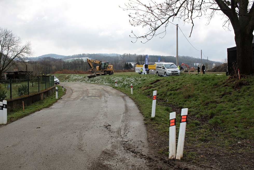 Ze zahájení výstavby obchvatu Olbramovic.
