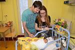 Václav Vachtl, první miminko roku 2019 narozené v benešovské porodnici s rodiči Janem a Kristýnou.