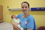 Manželům Barboře a Peterovi Vašákovým se 22. července ve21.49 narodila dcerka Diana. Při narození vážila 3 530 gramů a měřil 49 centimetrů. Doma v obci Petroupim na ni čeká bratříček Adam (8).