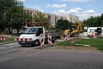 Parkoviště Pod Brankou je zatím bez aut. Od 1. srpna tam řidiče pustí závora.