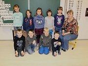 Žáci první třídy ze ZŠ Miličín s třídní učitelkou Hanou Beránkovou.