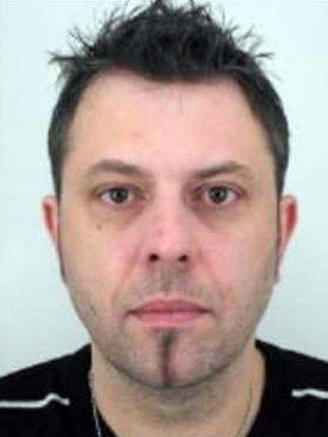 Hledaný dvačtyřicetiletý Marek Kučera by se mohl pohybovat na Vlašimsku nebo Benešovsku.