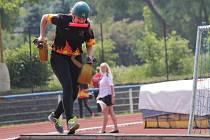 Okresní kolo soutěže v požárním sportu -Vlašim, neděle 7. června - ženy, štafety 4 x 100 m.