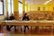 Volby do senátu a komunálních zastupitelstev.