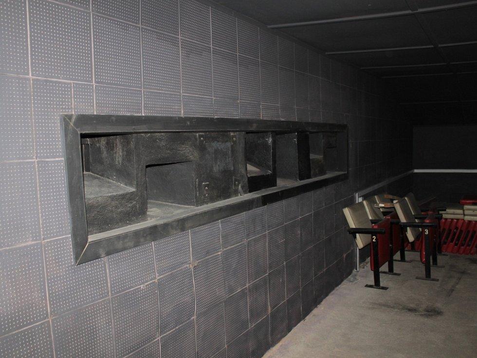 Digitalizace benešovského kina pokračuje.