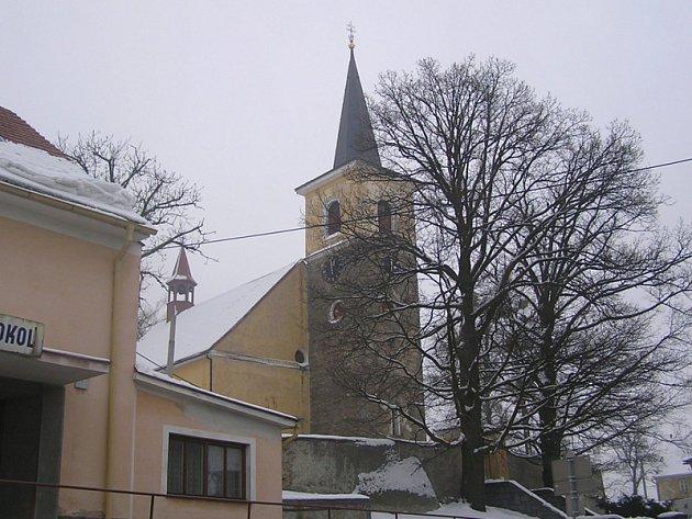 Kostel ve Vrchotových Janovicích.