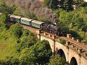 historický parní vlak na Pražském Semmeringu