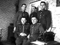 Čerčany, místní četníci v roce 1941.