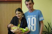 Malá Barbora Stěhulová se narodila 28. listopadu v 8.43 rodičům Kateřině Stěhulové a Janu Blahoutovi. Při narození měla 2 930 gramů a 48 centimetrů. Doma v Čerčanech na ni čeká Elenka (3,5).