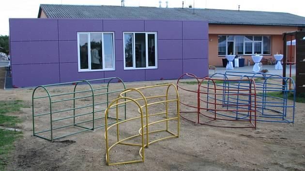 Už dva roky slouží dětem z Teplýšovic a okolí modulová mateřinka.