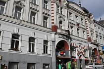 Hotel Pošta chce současné vedení města přetvořit na kulturní centrum Benešova.