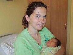 Malá Monika se narodila 30. dubna v 11 hodin. Sestřičky v porodnici jí navážily 3,23 kilogramu a naměřily 47 centimetrů. Z prvorozené dcery se radují rodiče Jitka a Jiří Lonských ze Sedmpánů.