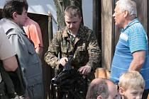 Díky členům klubů vojenské historie si mohli návštěvníci v Křivsoudově prohlédnout polní nemocnic, kuchyň, ale i zbraně, vojenskou techniku nebo zhlédnout ukázku Čechtické tragédie.