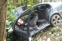 Nehoda zablokovala provoz na hlavní silnici I/18 na několik hodin.