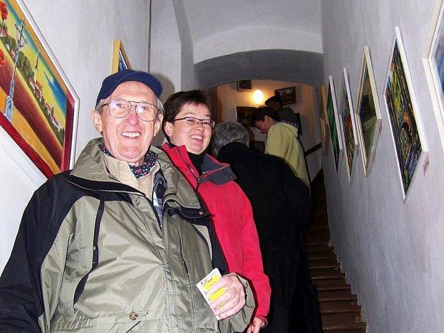 Jednou z četných příležitostí jak mohou lidé trávit říjnový státní svátek je i návštěva Podblanické galerie