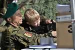 Z dětského dne Vojenského technického muzea v Lešanech.