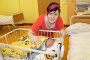 Manželé Veronika a Miroslav Křečkovi jsou od 12. dubna šťastní rodiče malého Kristiána. Ten se narodil v 9.37, kdy měl 2 670 gramů a 47 centimetrů. Doma v Benešově brášku přivítal Daniel (4).