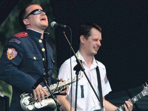 PARDUBICKÁ punk rocková kapela Volant.