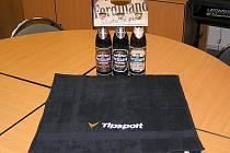 Ručník od sázkové kanceláře Tipsport a dárkové balení pěnivého moku od benešovského pivovaru Ferdinand získají výherci každého z deseti kol Zimní Tipsport ligy BND.