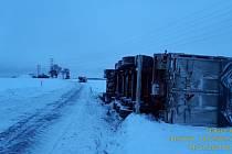 Nehody na sněhu na Benešovsku.