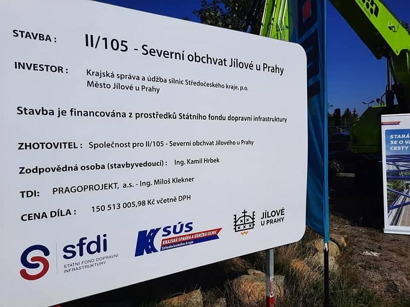 Ze zahájení stavby severního obchvatu Jílového u Prahy.