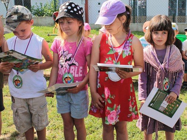 Také letos se chrástecká mateřinka rozloučila s dětmi, které nastoupí po prázdninách do první třídy.