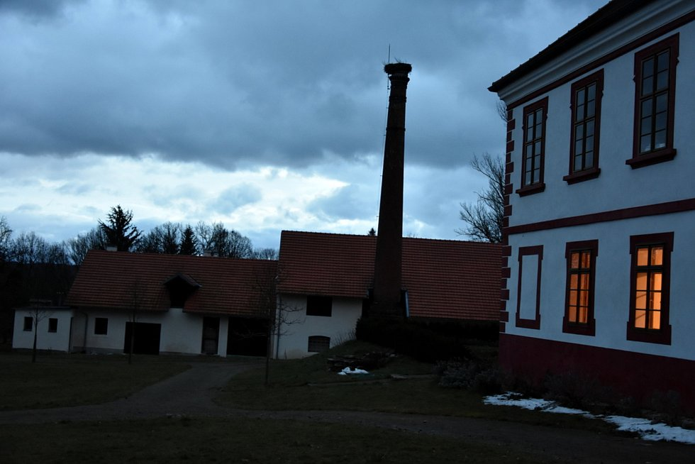 Zámek v Třebešicích u Divišova.
