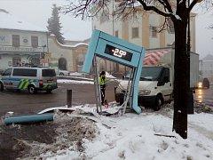 Dopravní nehoda v centru Benešova, pátek 3. února.