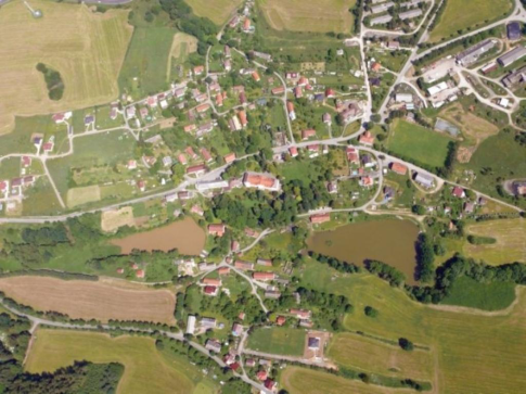 Chystá se oprava silnice u Sázavy a nový most v Levíně
