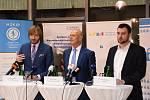 Celostátní oborný workshop Poučení z kybernetického útoku, navazující na prosincový výpadek nemocnice v Benešově v důsledku napadení datové sítě počítačovým virem, hostila ve čtvrtek pražská Nemocnice Na Homolce.