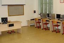Počítačové vybavení a mnoho dalších vymožeností představí na Gymnáziu Benešov.