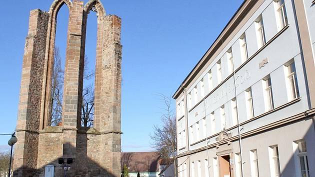 Zbytky minoritského kláštera v nejstarší části Benešova.