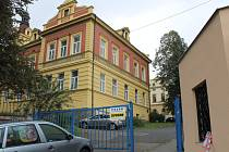 Starý, původní vchod do nemocnice se veřejnosti uzavře.