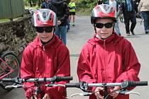 V Načeradci startoval v sobotu 18. května nejen osmý ročník Blanického cyklorytíře, ale slavilo se tam i znovuzískání statutu městytse a křtila se tam nová hasičská Tatra.