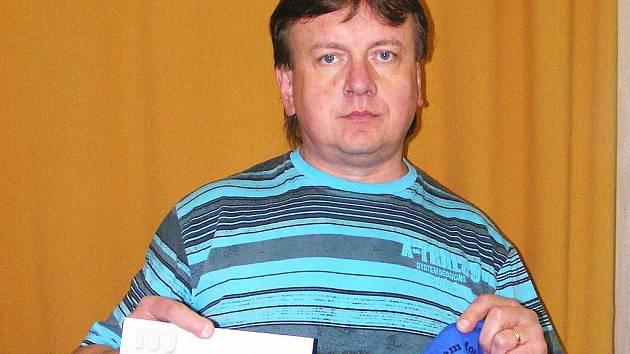 Ve třetím kole Jarní Fortuna ligy BND zvítězil Zdeněk Tůma z Benešova, který si odnesl z redakce BND tričko a stokorunovou poukázku od sázkové kanceláře Fortuna.