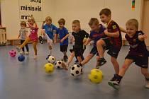 V Mateřské škole MiniSvět v Mrači odstartovala pro děti od 3 let fotbalová přípravka.