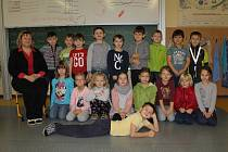 Žáci 1. C ze ZŠ Sídliště ve Vlašimi s třídní učitelkou Radkou Vrbatovou.