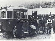 První autobus v Louňovicích pod Blaníkem.